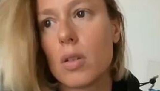 Federica Pellegrini positiva al Covid accompagna la madre a fare il tampone: è polemica
