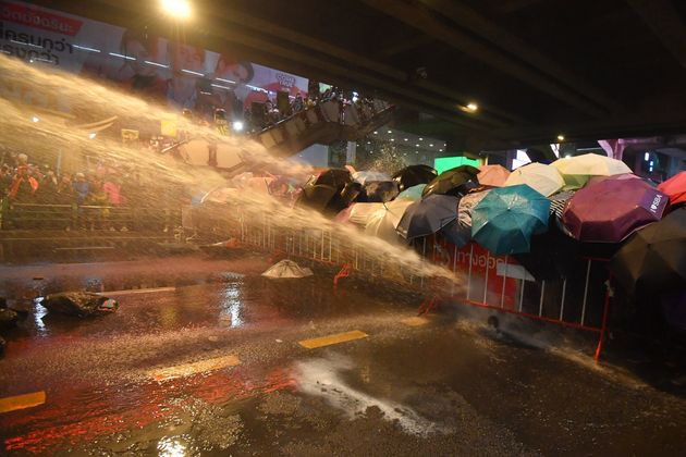 태국 민주화 시위 진압에 쓰인 '살수차'는 한국에서 수출한