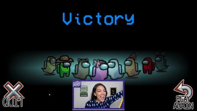 알렉산드리아 오카시오-코르테스 미국 연방 하원의원(민주당, 뉴욕)이 11월3일 선거를 앞두고 젊은층의 투표 참여를 독려하면서 트위치 생방송으로 '어몽어스' 게임을