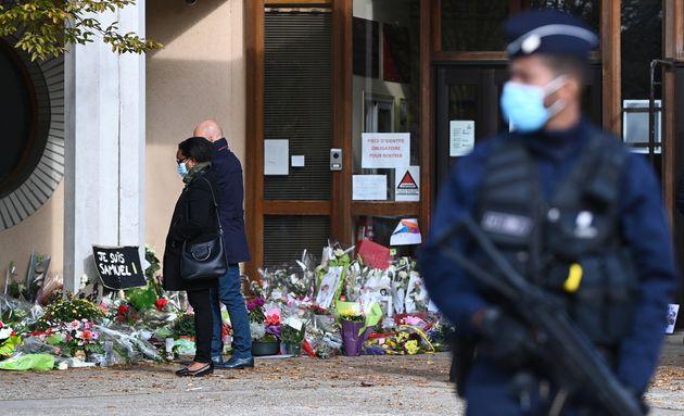 Le meurtrier de Samuel Paty était en contact avec un jihadiste russophone en Syrie, a appris l'AFP de...