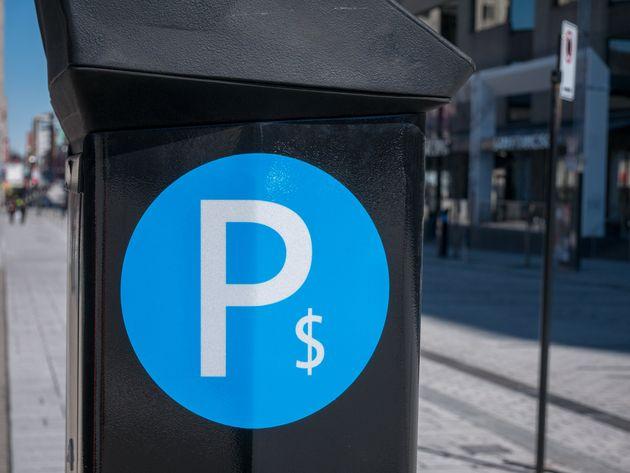 Montréal vous offre le stationnement gratuit les week-ends pour le magasinage des