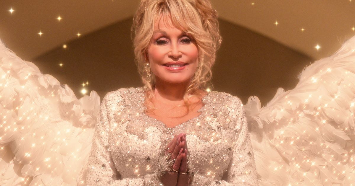 Dolly Parton's Christmas On The Square Finally Gets A Trailer, And It's Obviously A Total Joy