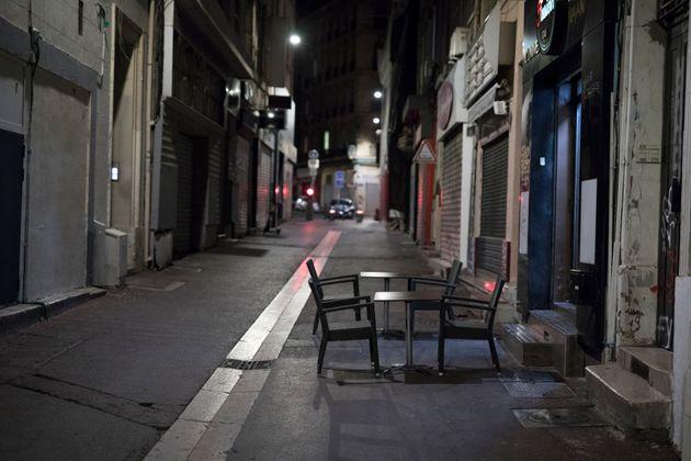 Η Ευρωζώνη κινδυνεύει με διπλή ύφεση λόγω του δεύτερου κύματος της