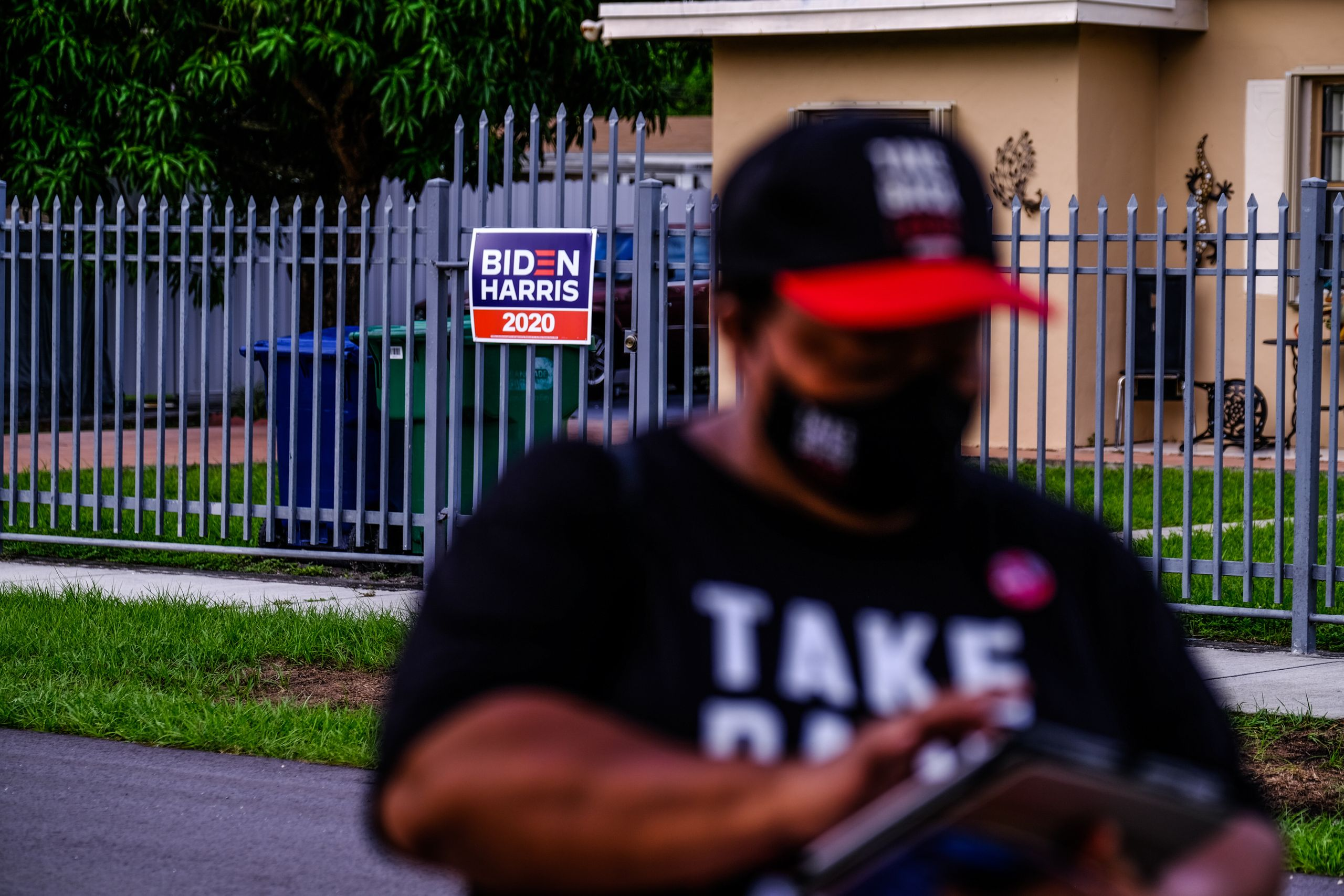 Lareus canvassing in Miami Gardens, Florida.