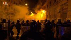 Covid: monta in strada protesta contro coprifuoco a