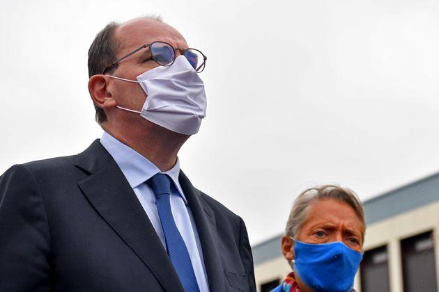 Jean Castex en visite dans un établissement Emmaüs au Bois de l'Abbe en Essonne,...