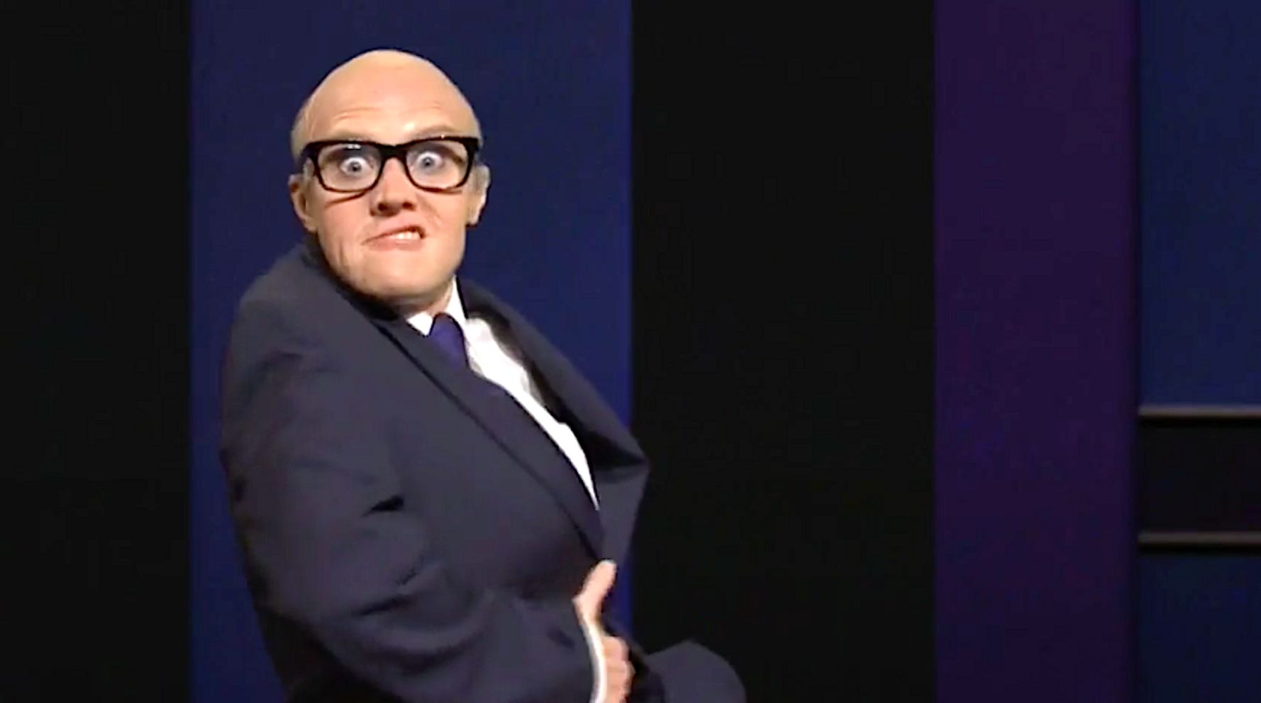 Kate McKinnon's Wacky Rudy Giuliani Gets Dirty In 'SNL's' Last Presidential Debate