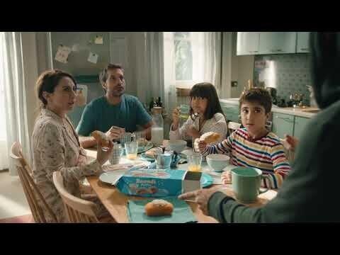 A colazione con i cospirazionisti del 5G: una risata li