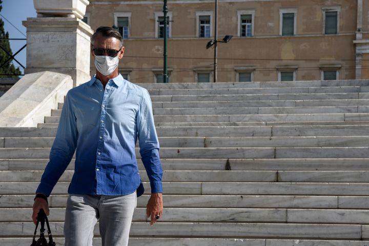 Μάσκες παντού στην Αθήνα