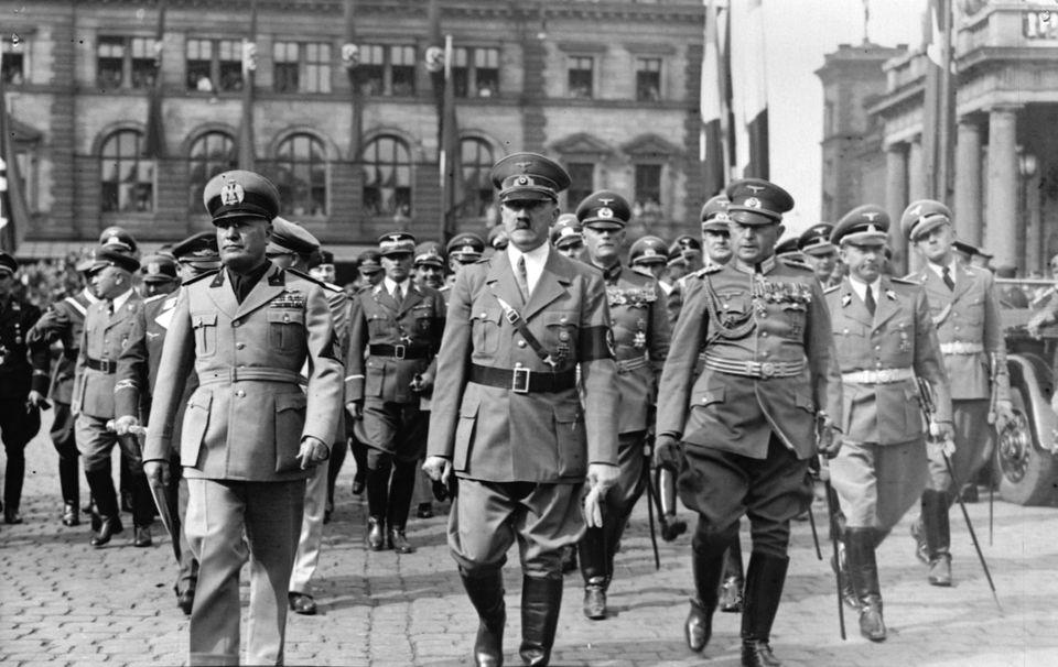 Ο Χίτλερ με τον Μουσολίνι...