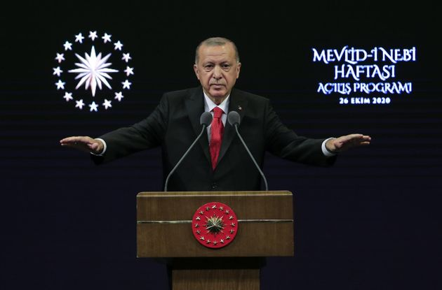 Ερντογάν: Κάλεσμα στους Τούρκους να μποϊκοτάρουν τα γαλλικά