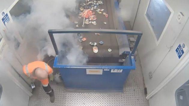 Βρετανία: Μπαταρίες - «ζόμπι» προκαλούν εκρήξεις και