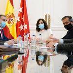 El extraño mensaje de Díaz Ayuso tras su reunión con el delegado del Gobierno en