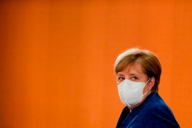La pandemia paralizza la politica tedesca