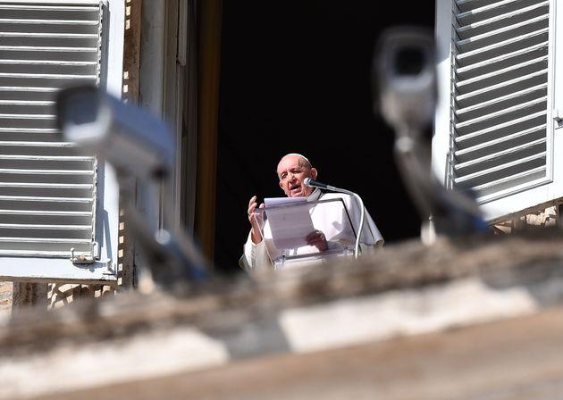 Le parole del Papa non eliminano la discriminazione sui