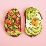 O que comer no café da manhã para reduzir a