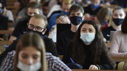 Les présidents d'université prônent la suspension des cours en amphis face à la deuxième
