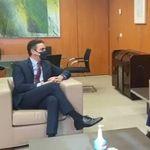 Hay un detalle en la reunión entre Sánchez y Leopoldo López que está dando mucho que