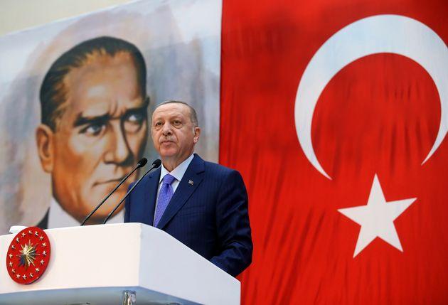 Η 28η Οκτωβρίου των Ελλήνων, η 29 Οκτωβρίου των Τούρκων και άλλες ημερολογιακές