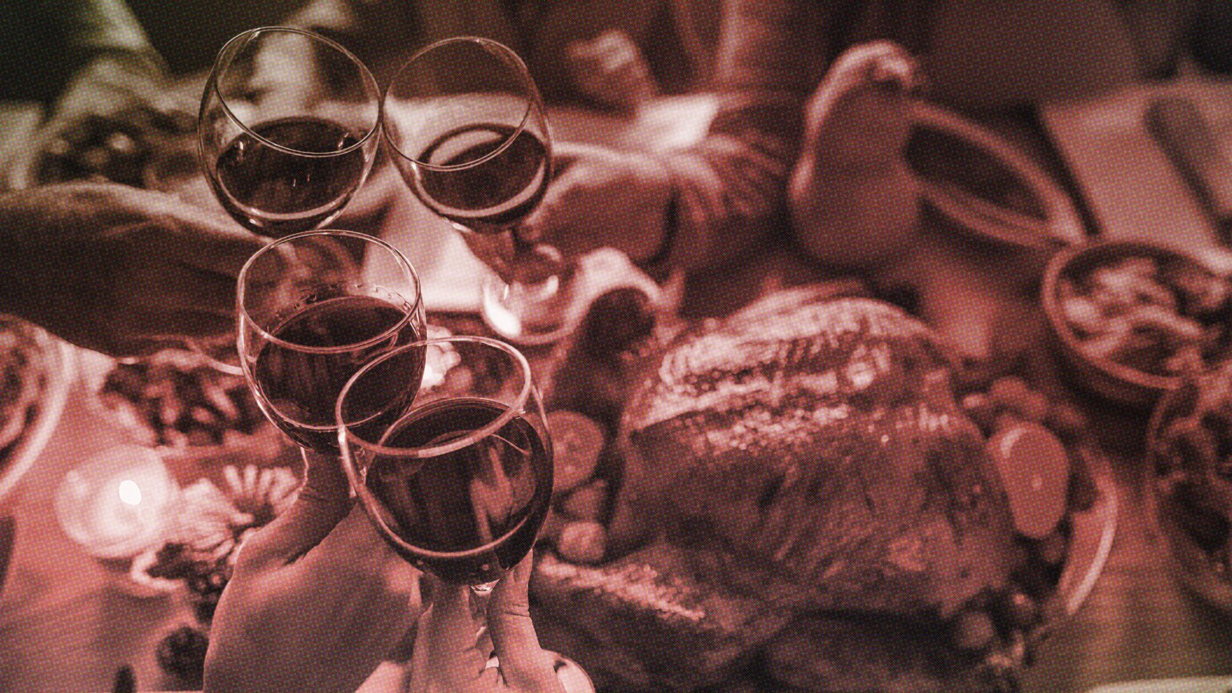 7 Rules For A Stress-Free Virtual Thanksgiving During COVID-19