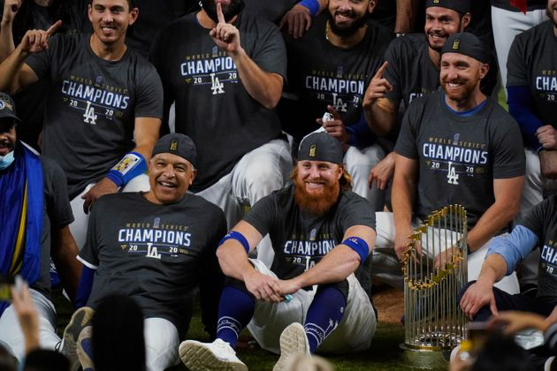 Coronavirus-Infected Justin Turner Ditches Mask To Party With Dodgers
