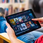 Plataforma de streaming paga, NetMovies passa a ser