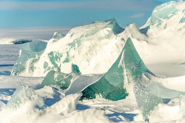 Le dégel du permafrost peut libérer des virus vieux de 30 000 années. (Photo