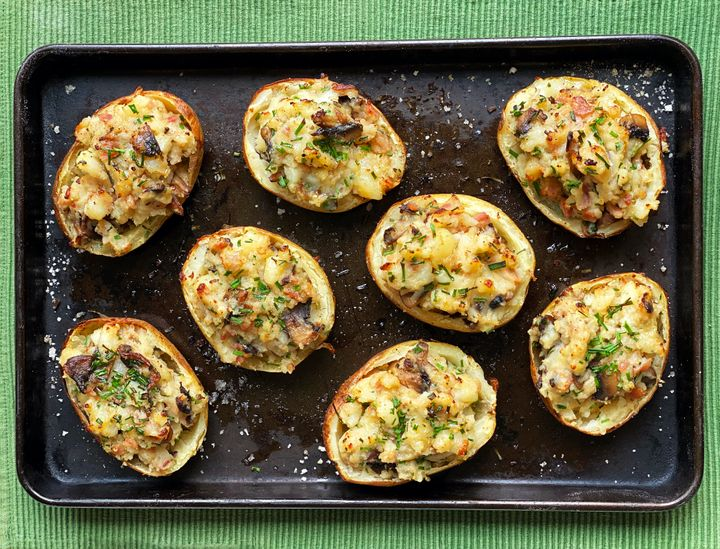Stuffed jackets with mushrooms and pancetta