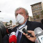 Emiliano chiude le scuole in Puglia: