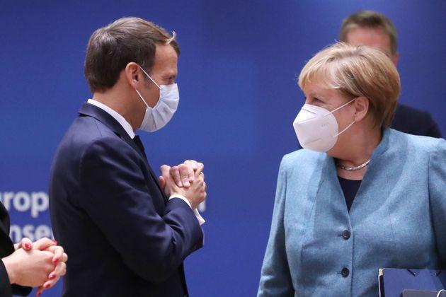 Sommersi e sorpresi, Macron e Merkel