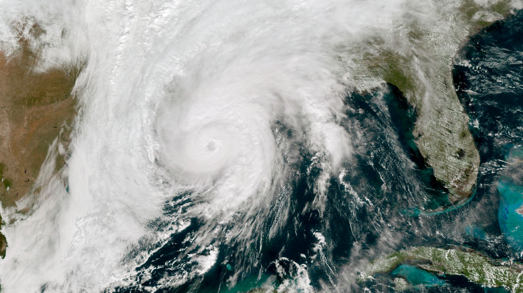 Hurricane Zeta Makes Landfall On Louisiana Coast