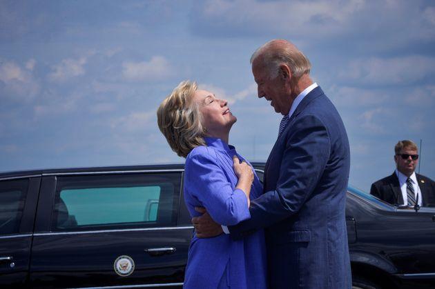Hillary Clinton, ici avec Joe Biden en août 2016, a annoncé qu'elle était grande...