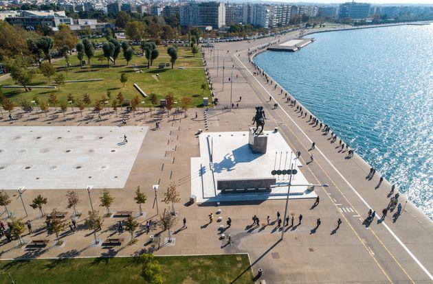 Τεράστιες ουρές για rapid tests στη Θεσσαλονίκη – Πόσα βγήκαν