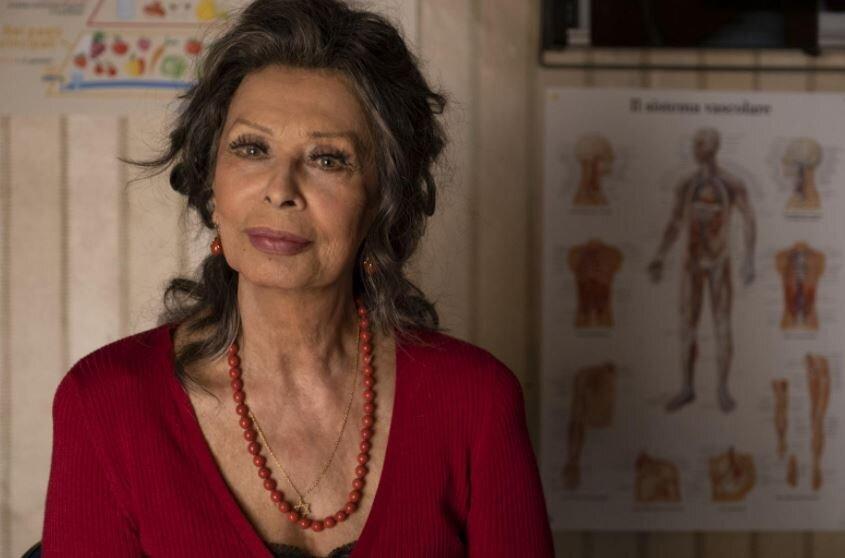 """Sophia Loren: """"Cinema e teatri sono rifugi in cui ritrovarci, capirci meglio. Anche la salute emotiva conta"""""""