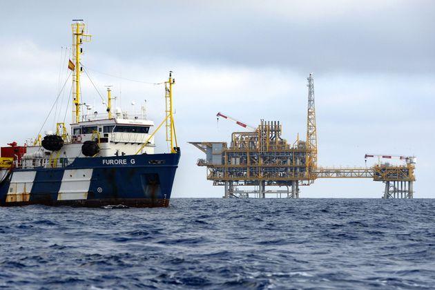 La plataforma del almacén de submarino de gas Castor, frente a la costa del Delta del