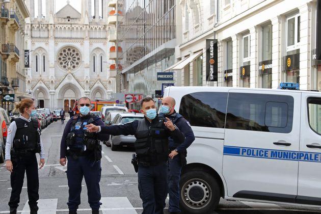 """Dalla Turchia """"ferma condanna"""" degli attentati in Francia"""