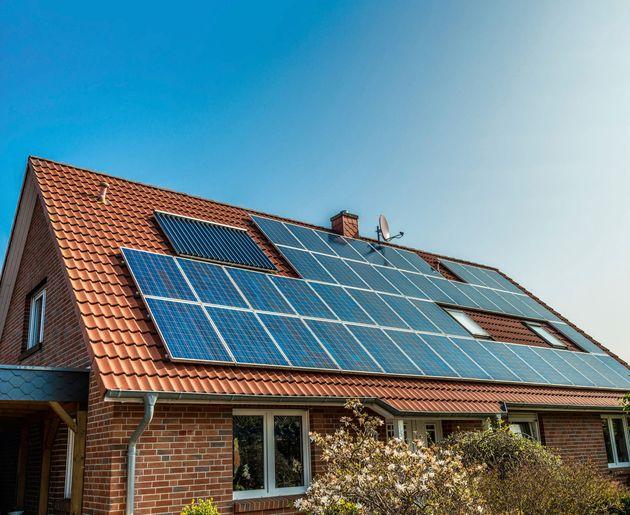 Placas solares, de venta en Leroy