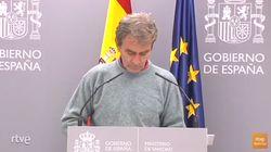 Fernando Simón hace en rueda de prensa algo inusual en él: se le ha visto varias veces y lo ha
