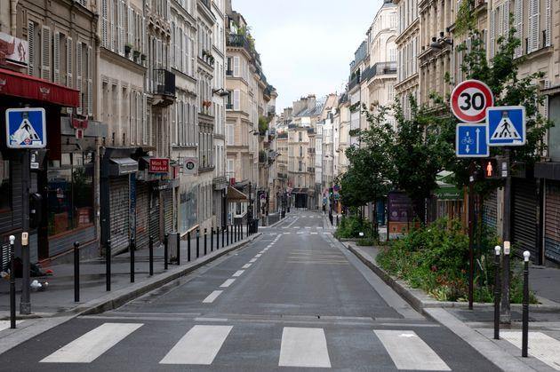 Une rue de Paris pendant le confinement le 10 mai 2020 (Photo by Aurelien Meunier/Getty