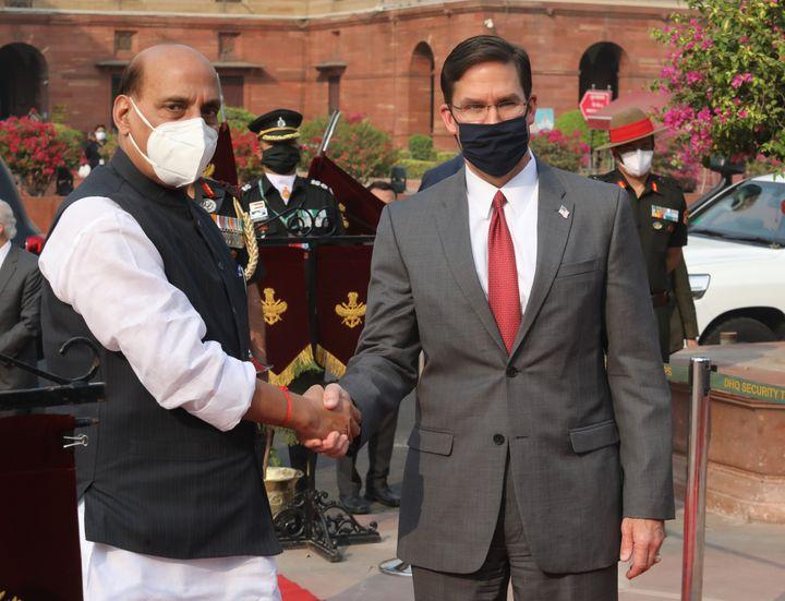 US Defence Secretary Mark Esper (R) and Indian Defence Minister Rajnath Singh (L) on October 26, 2020.