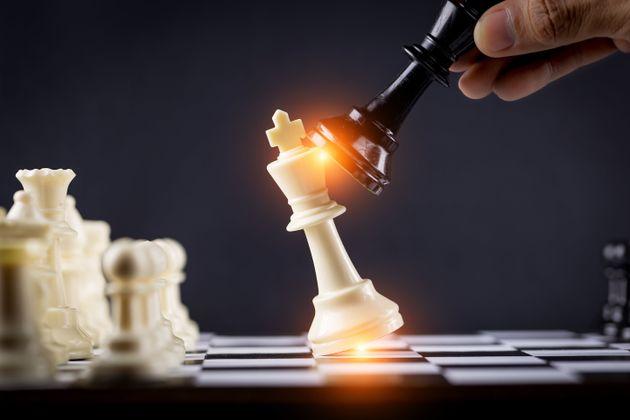 La guerra della competenza: perché non ascoltiamo più gli
