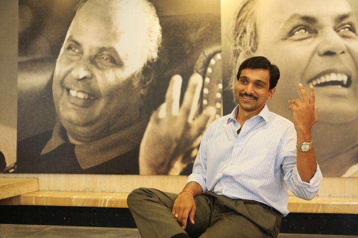 Pratik Gandhi as Harshad Mehta in 'Scam 1992'