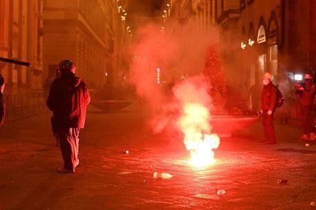 Firenze |  manifestazione in Centro |  quattro fermati e lancio di molotov