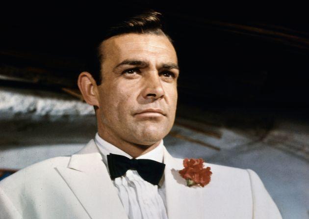 Sean Connery como el agente James Bond, 007, en la película