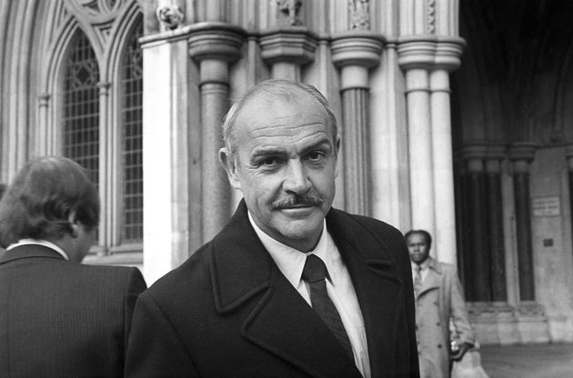 Morre Sean Connery, o eterno James