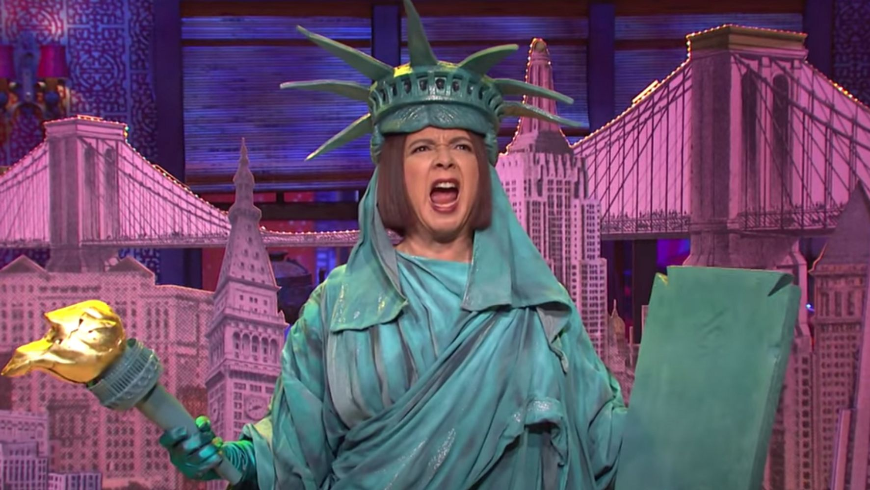 'SNL' Stages Musical Love Letter To NYC After Trump's 'Ghost Town' Diss