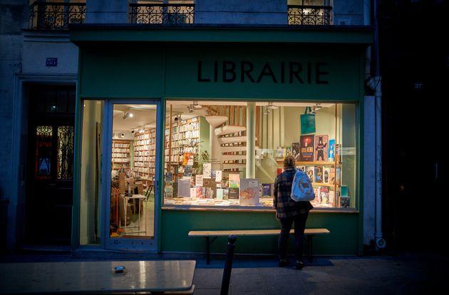 Une librairie dans le 2e arrondissement de Paris le 31 octobre 2020 (Photo by Kiran Ridley/Getty