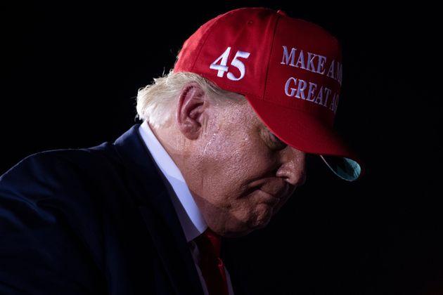 Le président américain Donald Trump photographié lors d'un meeting à Miami...