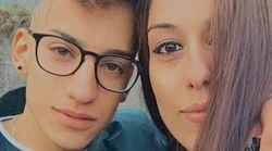Due auto si scontrano contro mucca in strada: muore coppia di fidanzati 20enni nel