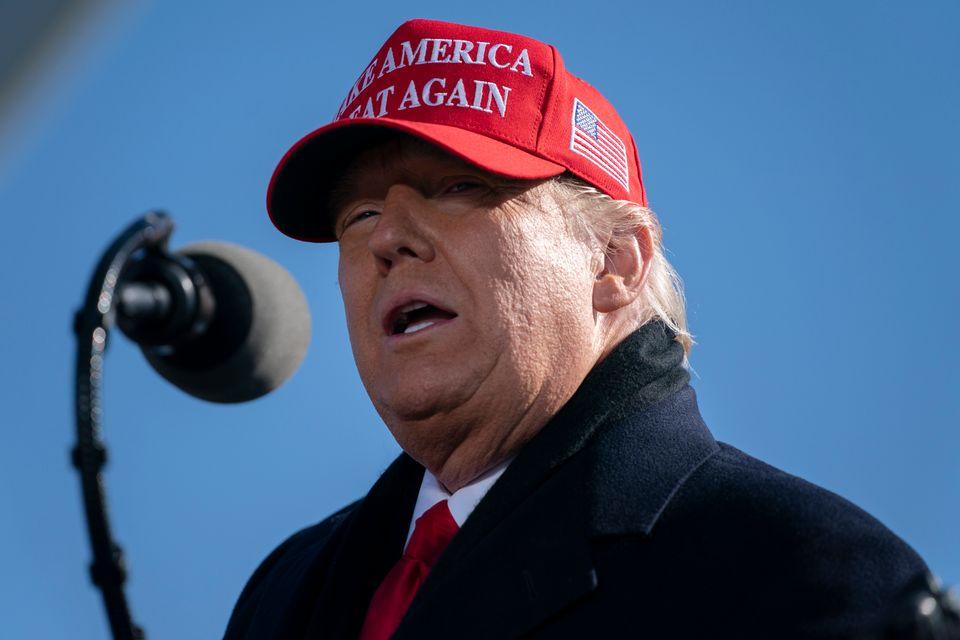 트럼프 대통령은 노스캐롤라이나주에서 선거 전 마지막날 유세를 시작했다.페이엣빌, 노스캐롤라이나주. 2020년